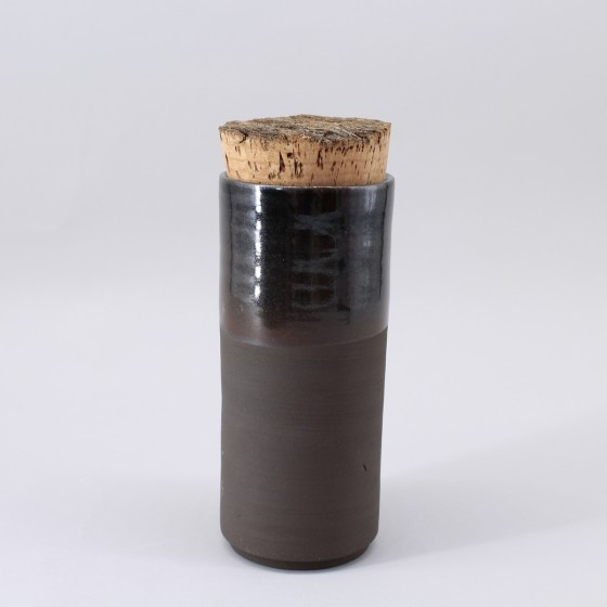 Boite grès noir ou vase