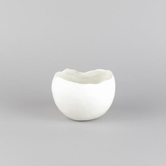 """""""Eggshell"""" porcelain bowl"""